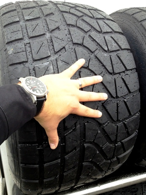 To give you a sense of perspective and a close up of the Full Wet Pirelli P-Zero