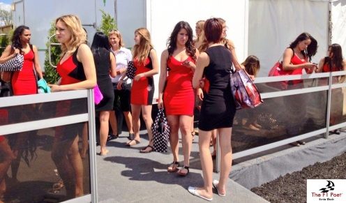 Ahhh... Grid girls.  Beautiful young ladies can brighten any event with their presence.